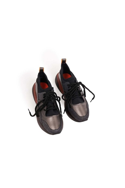 Silvery Shoes (Black)