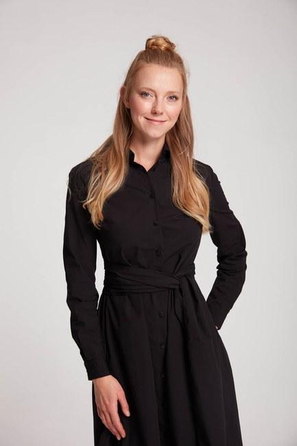 Mizalle Dik Yaka Gömlek Elbise (Siyah)