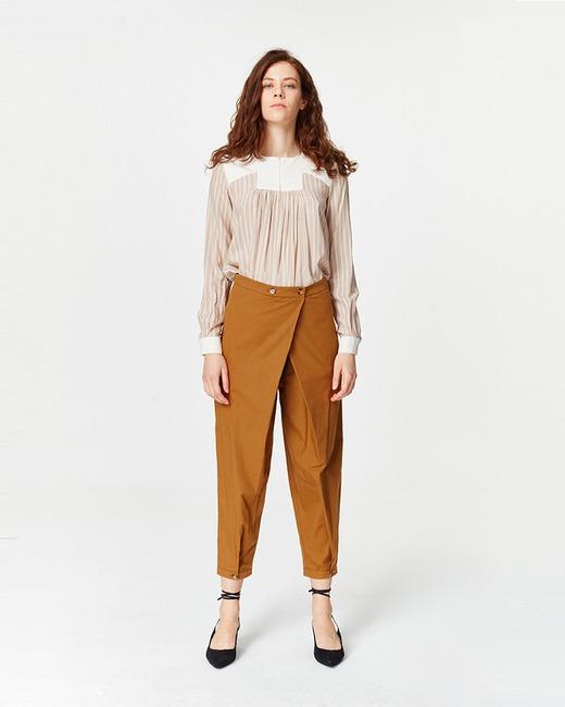 Mizalle Asymmetric Detailed Trousers (Mustard)