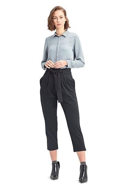Mizalle Beli Kuşaklı Pantolon (Siyah)