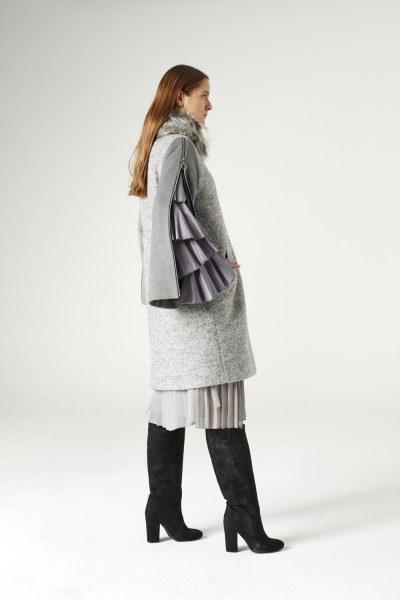 Mizalle - Zipped Sleeve Fur Collar Coat (Grey) (1)