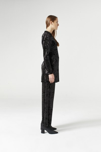 Mizalle - Velvet Kimono (Black) (1)