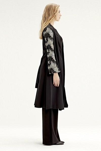 Mizalle - Inlaid Sleeve Kimono (Black) (1)