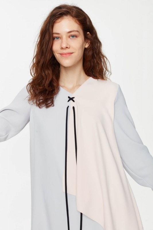 Önü Bağcıklı Tasarım Bluz (Gri)