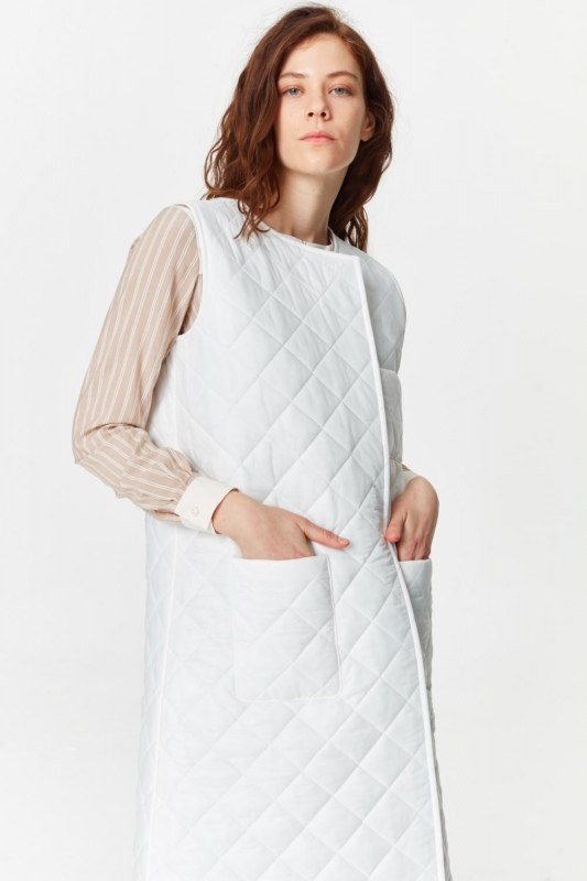 Luxury Quilted Long Vest (White)