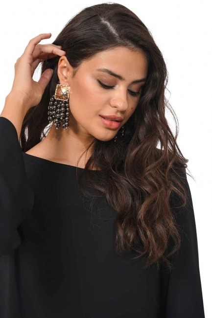 Mizalle Pearl Detailed Dangling Earring (Anthracite)