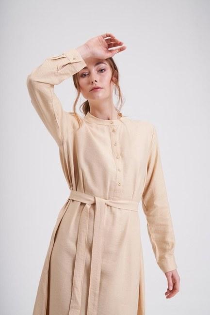 MIZALLE - Aerobin Önden Düğmeli Uzun Elbise (Camel) (1)