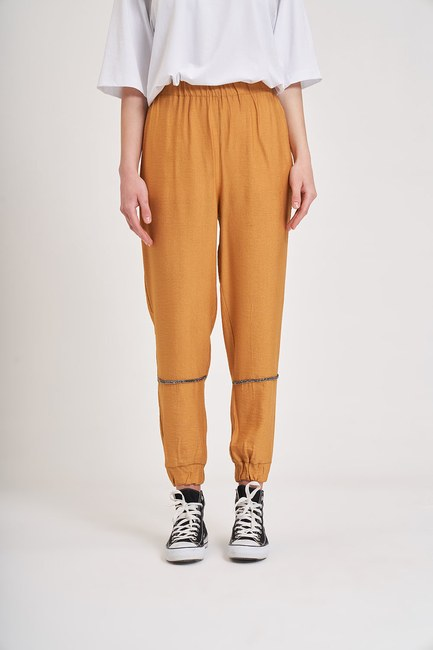 MIZALLE YOUTH - Aerobin Stone Striped Trousers (Saffron) (1)
