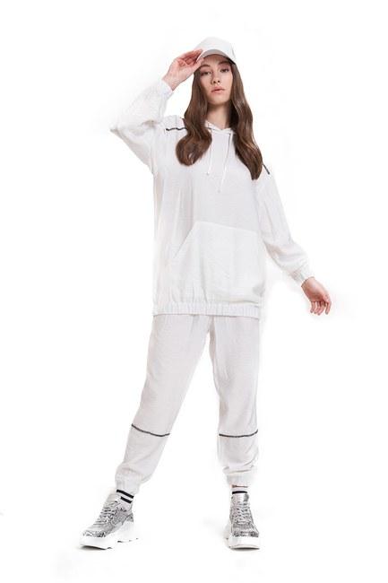 Mizalle - Aerobin Taş Şeritli Sweatshirt (Ekru)
