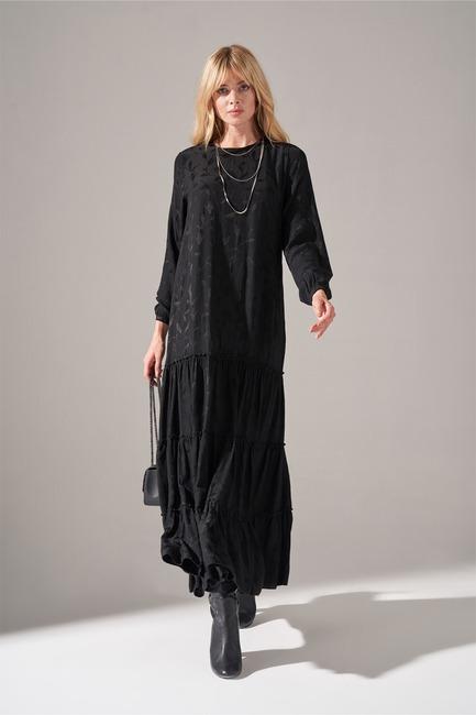 Mizalle - Alt Etek Fırfırlı Elbise (Siyah)