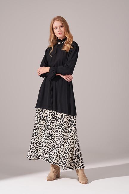 Mizalle - Alt Etek Parçalı Elbise (Ekru)