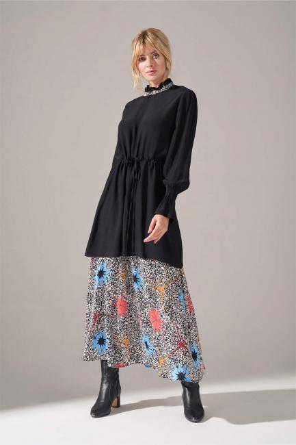 Mizalle - Alt Etek Parçalı Mavi Elbise