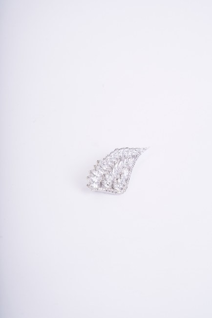MIZALLE - بروش الملاك الجناح (رمادي) (1)