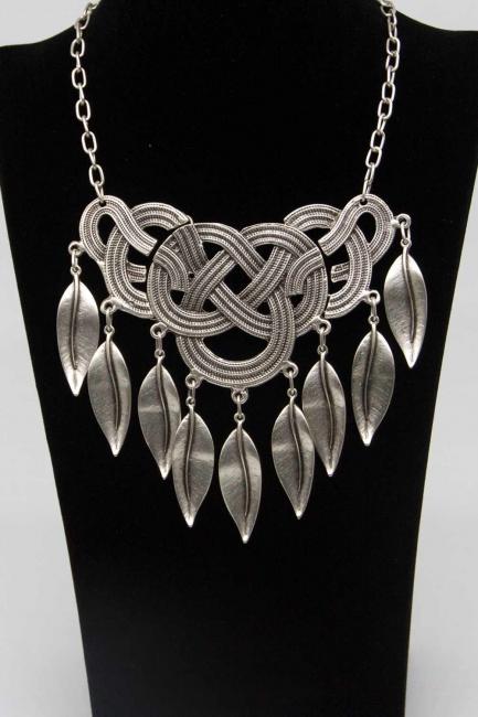 Yaprak Detaylı Antik Gümüş Kaplama Kolye - Thumbnail