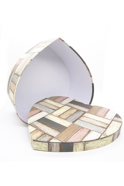 Mizalle Home - صندوق علي شكل قلب كريمي (19 × 17)