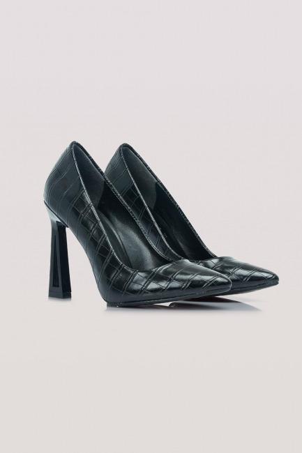 Mizalle - حذاء بكعب بتصميم جلد التمساح (أسود)