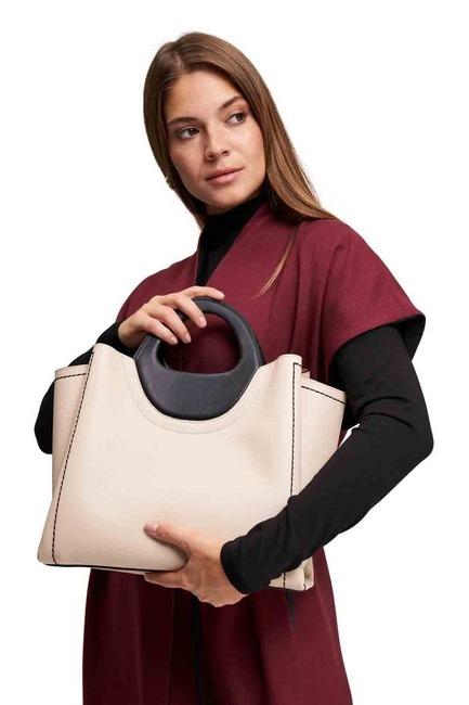 Mizalle - حقيبة يد جلدية مزدوجة اللون (بيج / أسود)
