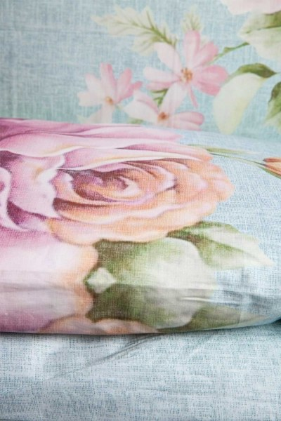 Mizalle Home - طقم فرش سرير كامل بزهور (200 × 220) (1)