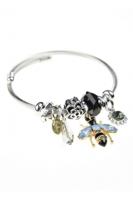 MIZALLE - Bee Detailed Bracelet (Black) (1)