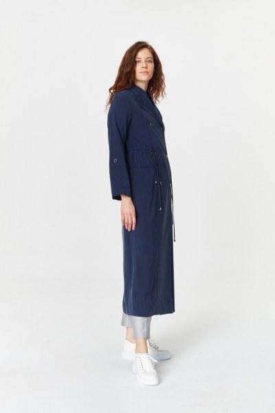 Mizalle - ترانشكوت بأزرار و جيوب (أزرق داكن)