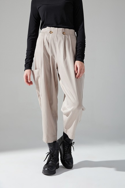 Mizalle Youth - Pleated Pocket Trousers (Beige) (1)