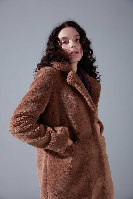 Mizalle Youth - Plush Detailed Coat (Mink) (1)