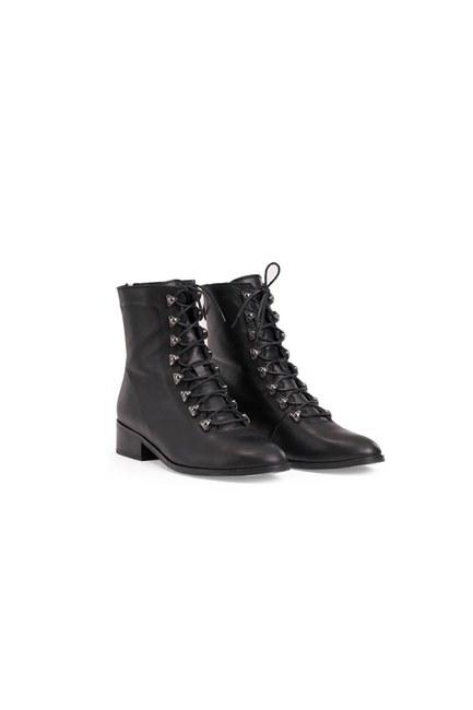 Mizalle - حذاء جلد (أسود)