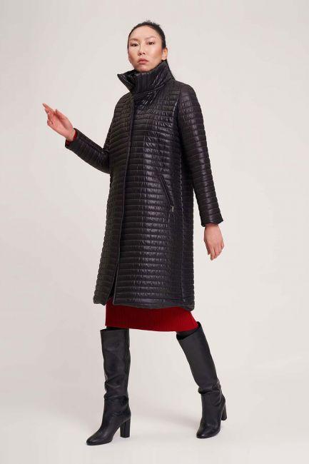 Mizalle - معطف مبطن بياقة مزدوجة (أسود)