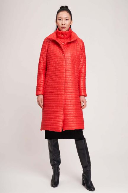 Mizalle - معطف مبطن بياقة مزدوجة (أحمر)