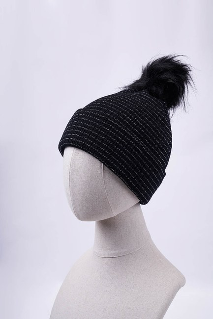 Mizalle - قبعة مخططة (أسود)