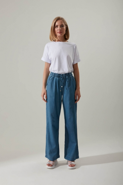 Mizalle - بنطلون جينز واسع الساق (أزرق)