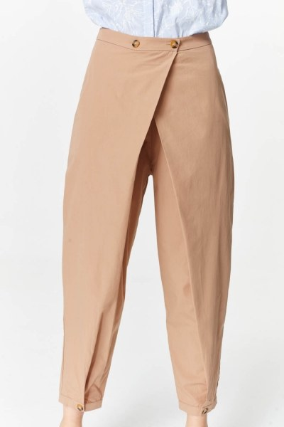 MIZALLE - Asymmetric Detailed Trousers (Camel) (1)