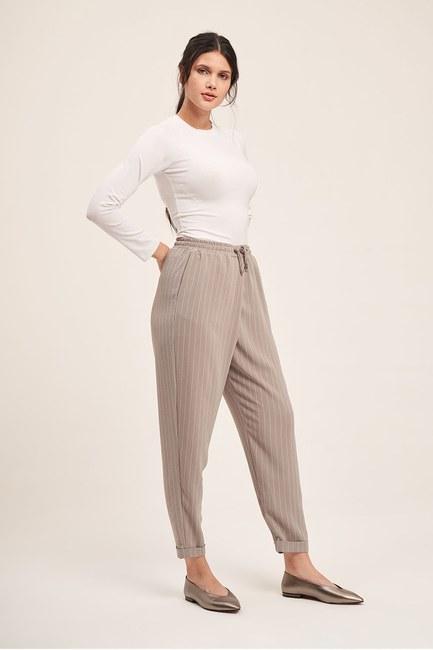 Mizalle - Bağcıklı Çizgili Pantolon (Gri)