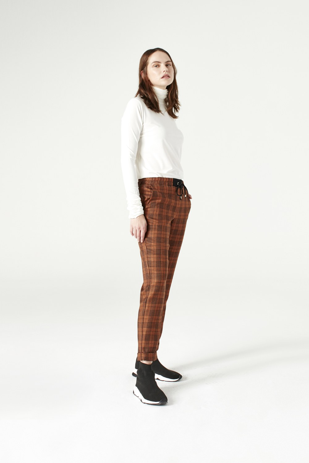 MIZALLE Plaid Lace Trousers (Brown) (1)