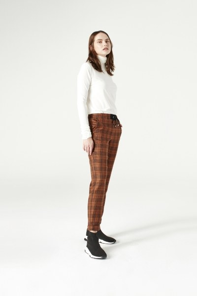 MIZALLE - Laced Plaid Pants (Brown) (1)