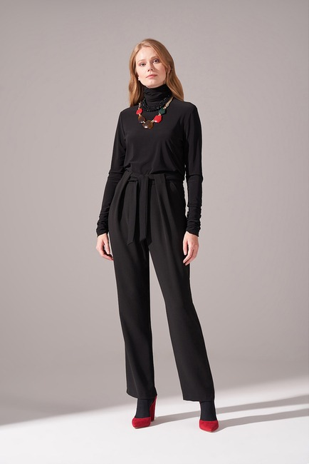 Mizalle - Bağcıklı Krep Pantolon (Siyah)