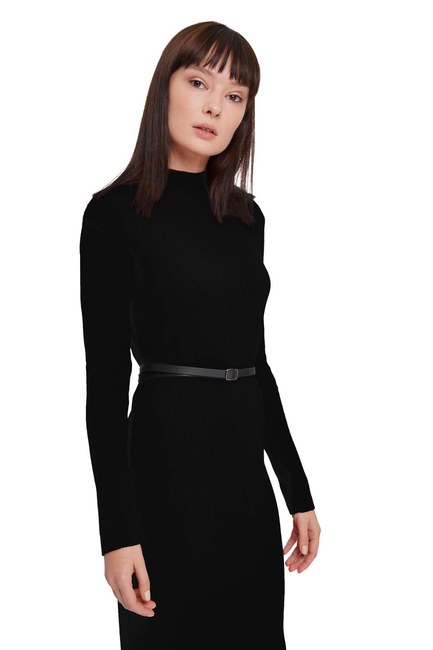 MIZALLE - Turtleneck Tricot Dress (Black) (1)