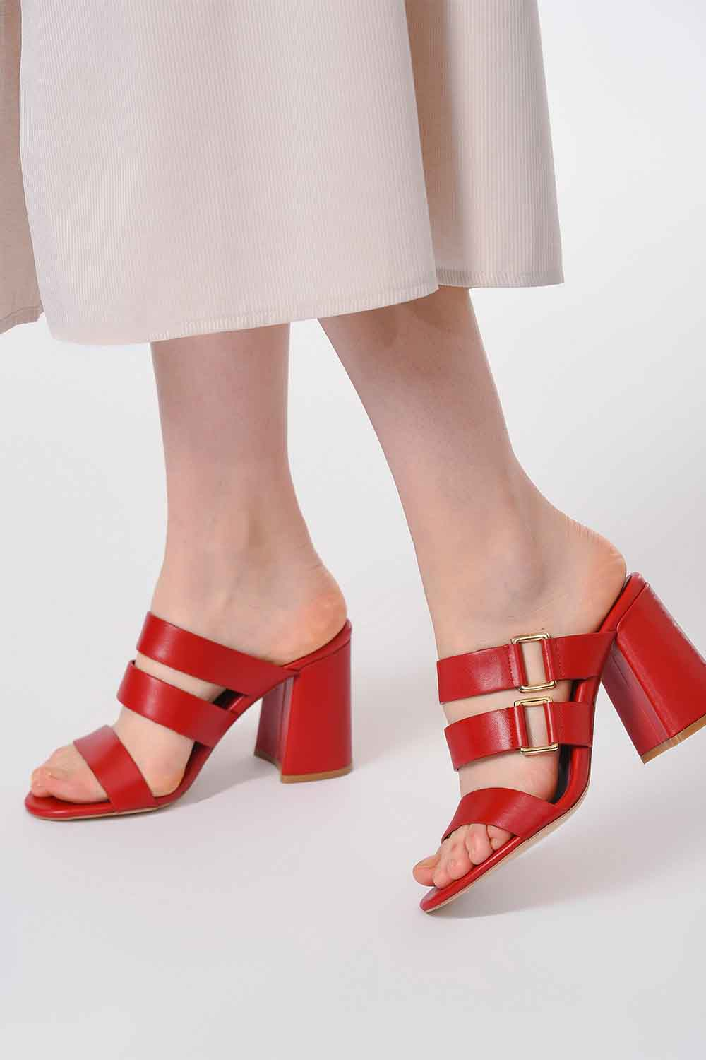 MIZALLE Banded Leather Shoes (Red) (1)