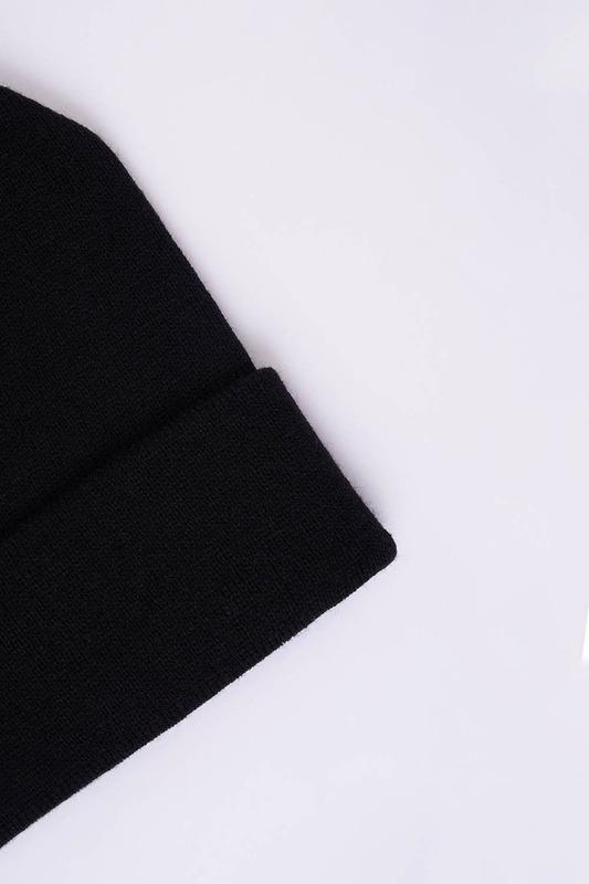 Basic Bere (Siyah)
