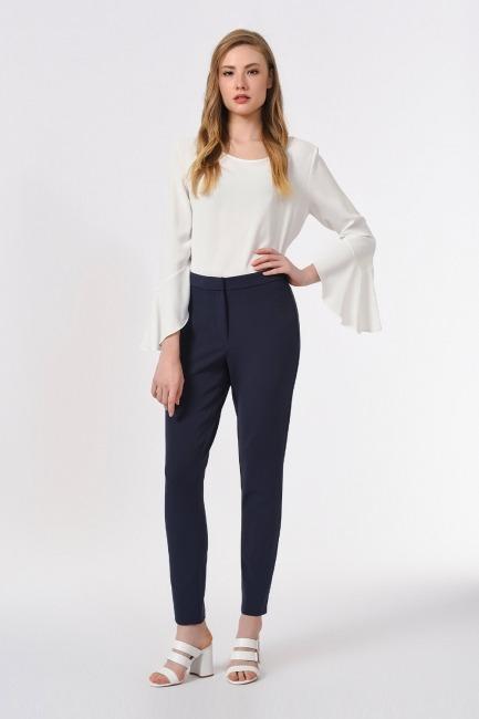 Mizalle - Basic Dar Paça Pantolon (Lacivert)