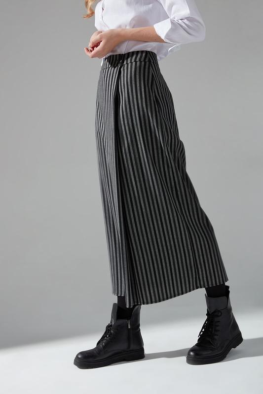 Basic Etek (Siyah)
