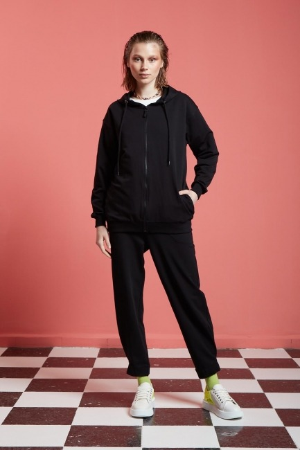 Mizalle - Basic Fermuarlı Sweatshirt (Siyah)