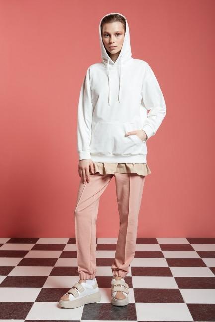 Mizalle - Basic Kapüşonlu Sweatshirt (Ekru)
