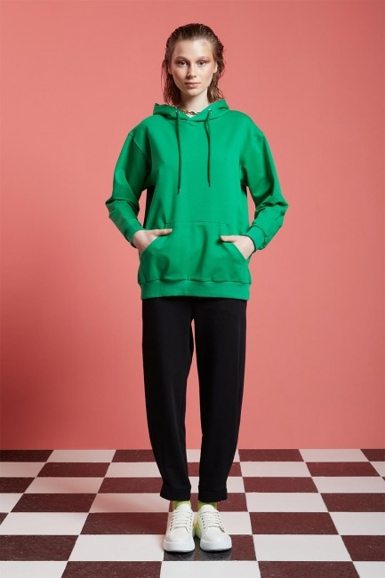 Mizalle - Basic Kapüşonlu Sweatshirt (Yeşil)