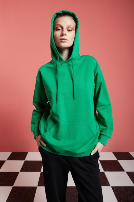 Mizalle - Basic Kapüşonlu Yeşil Sweatshirt