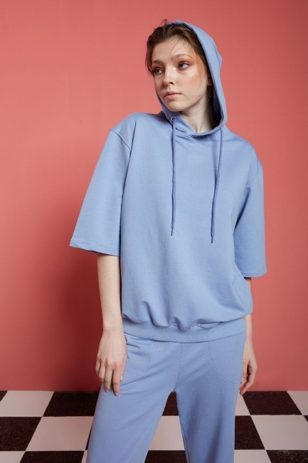 Mizalle - Basic Kısa Kollu Sweatshirt (Mavi)