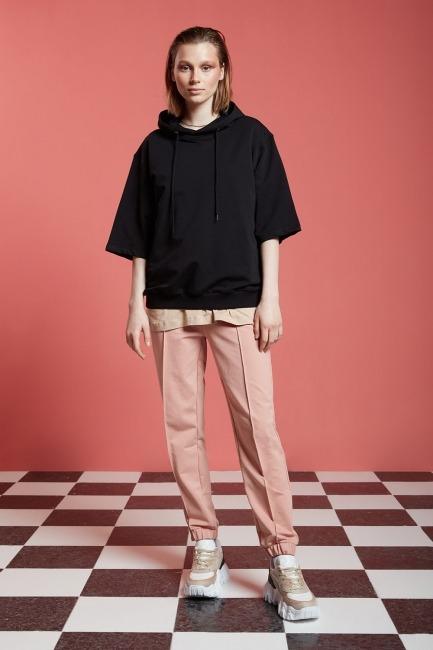 Mizalle - Basic Kısa Kollu Siyah Sweatshirt