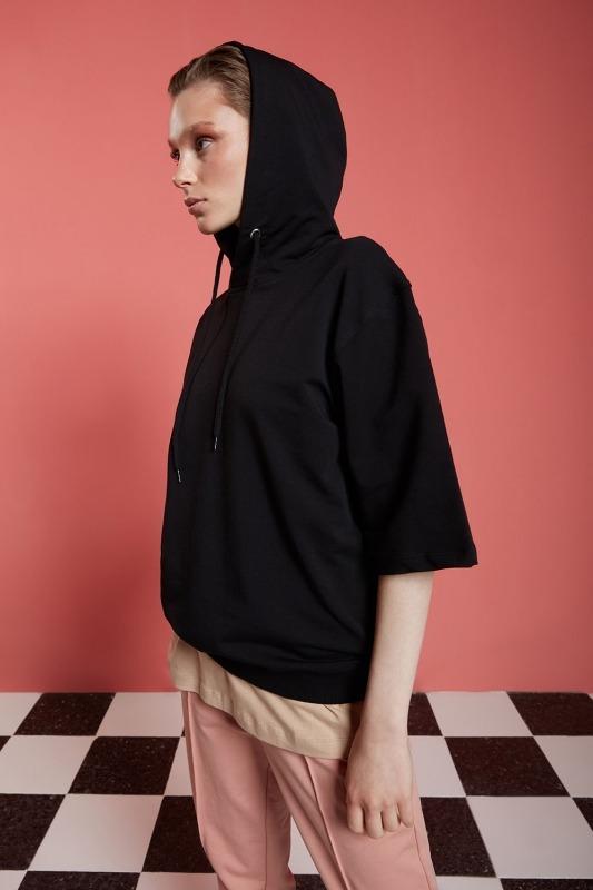 Basic Kısa Kollu Siyah Sweatshirt