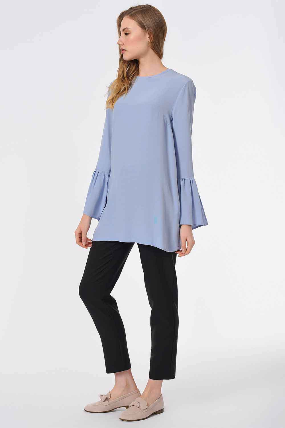 MIZALLE Basic Handle Flywheel Blouse (Blue) (1)