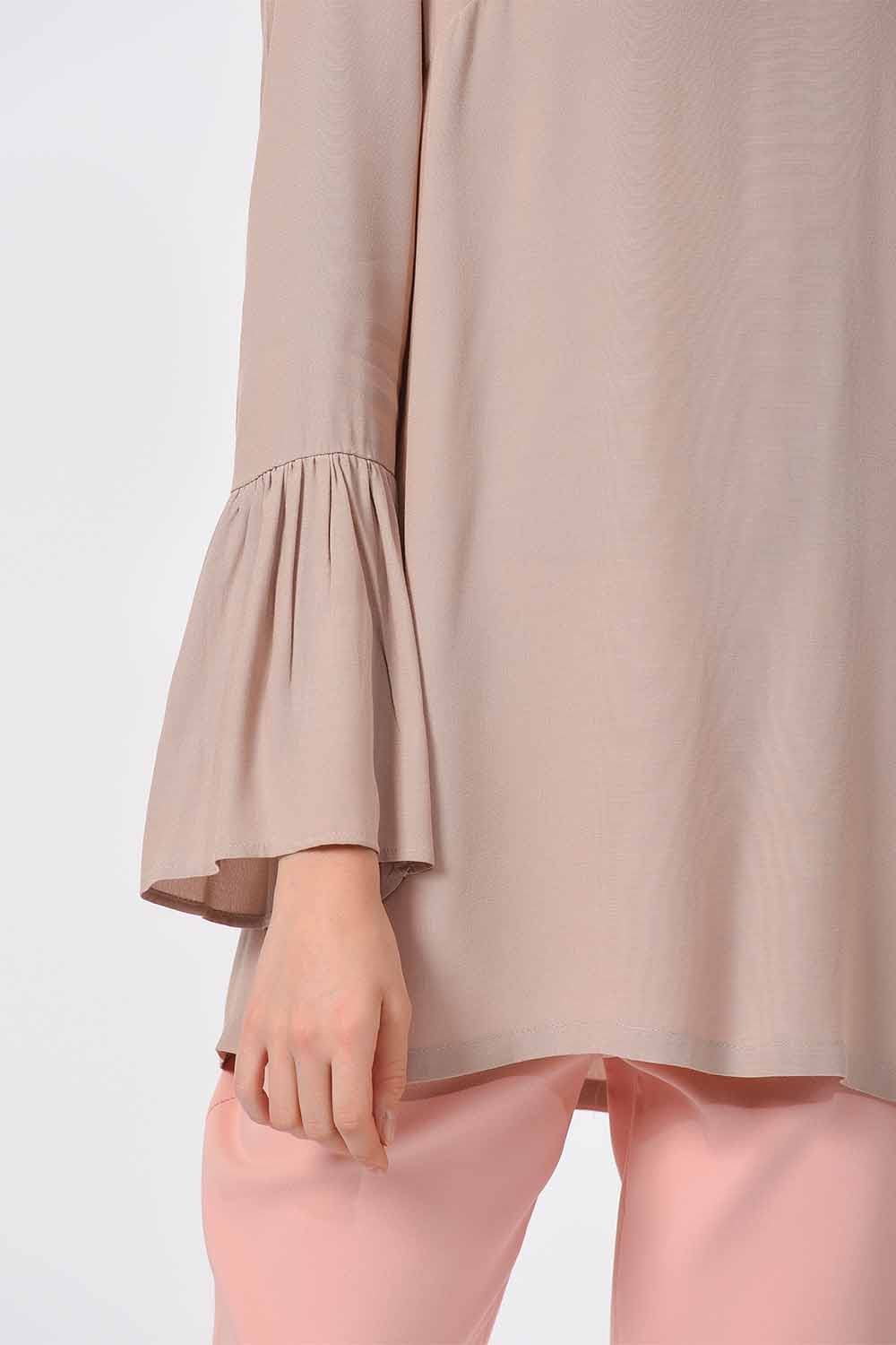 MIZALLE Basic Handle Flywheel Blouse (Stone) (1)